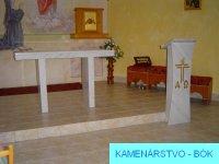 Stôl a kazateľňa 2