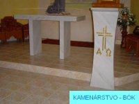 Stôl a kazateľňa 3